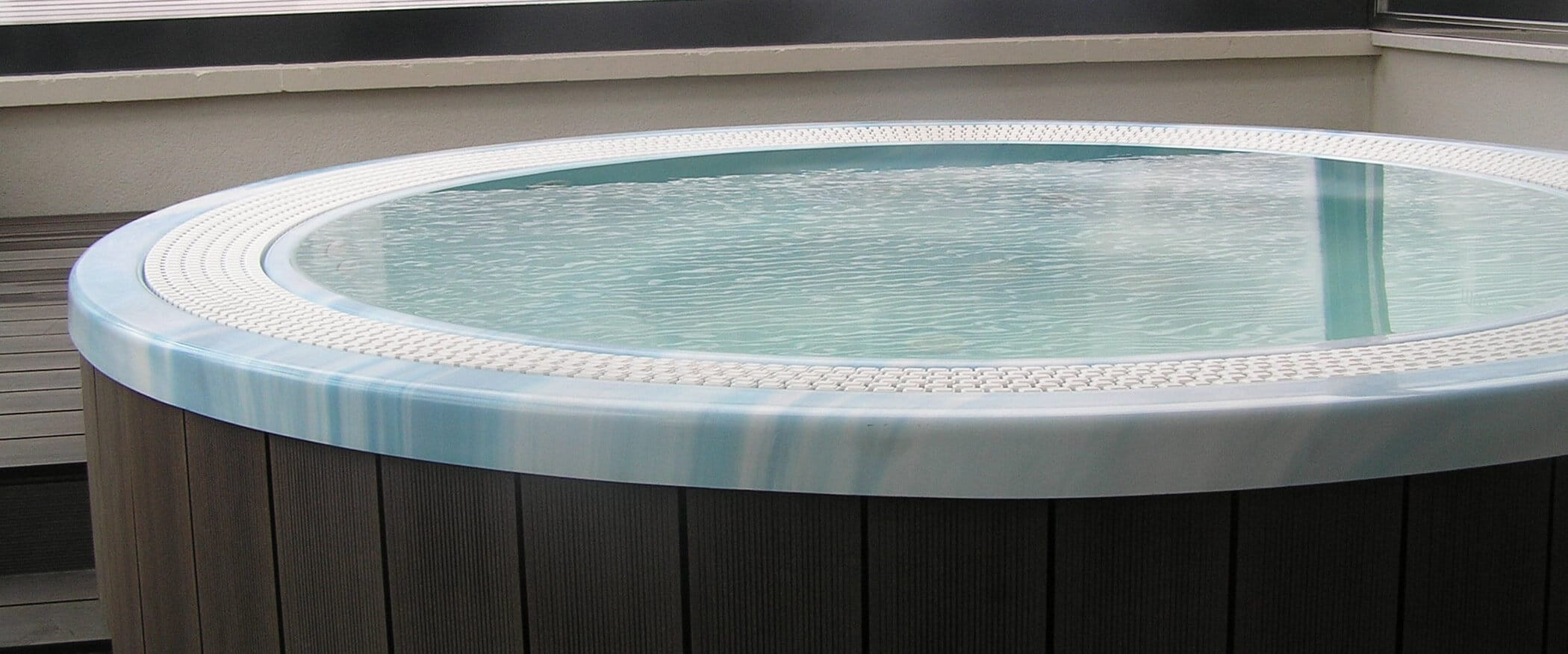 Whirlpool Martinique In Kreisrunder Form Kaufen Aquavia Spa