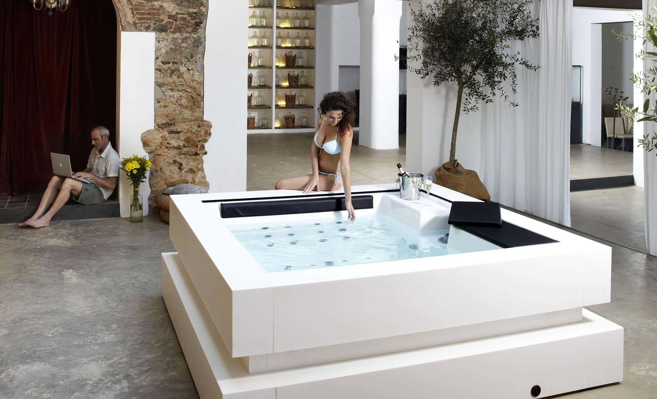 Whirlpools, Spas und Hydromassagebäder kaufen - Aquavia Spa Deutschland
